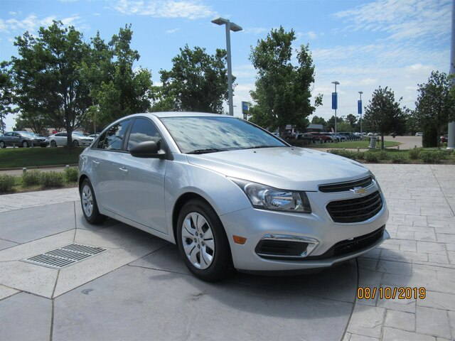 Pre-Owned 2016 Chevrolet Cruze Limited LS Auto