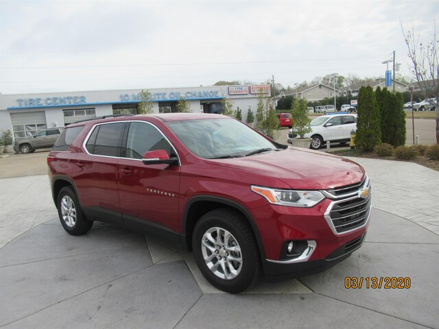 Pre-Owned 2019 Chevrolet Traverse LT Cloth w/1LT
