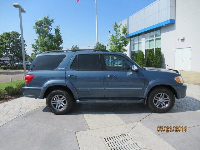 Pre-Owned 2007 Toyota Sequoia Limited V8